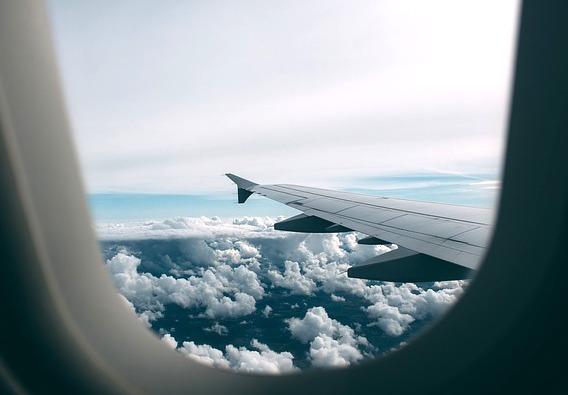 airplane-2619434_640